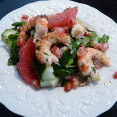 Salad with Pink Grapefruit and Prawns